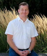 Book an Appointment with Travis McIndoe for Acupuncture